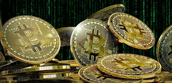 Bitcoins i en bunke