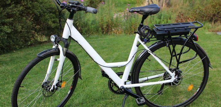 Hvid dame elcykel