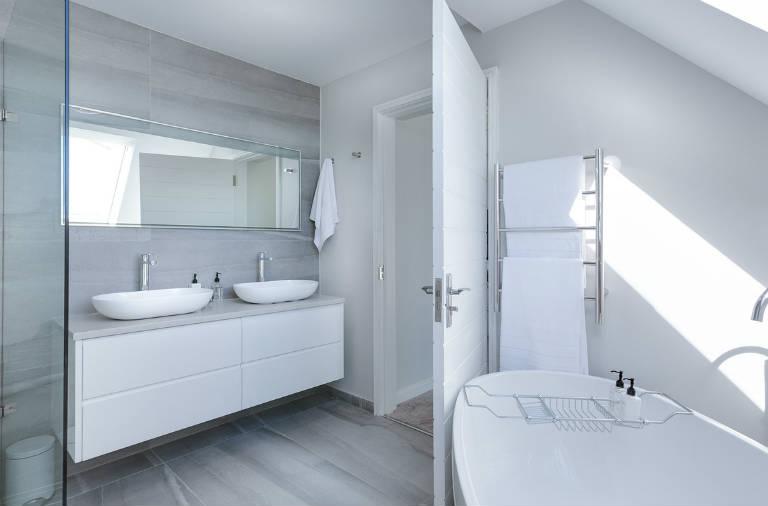 Badeværelse lavet med microcement